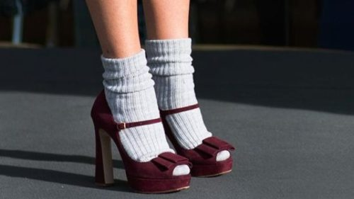 Un modo carino per portare le calze pesanti